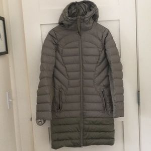 Lululemon down jacket size 2
